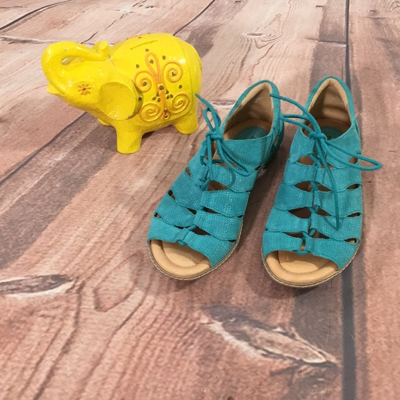 Earth Shoes | Plover Sandals In